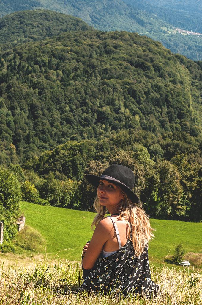Gallery-Regione- Durand-Art-Park-Arte-Natura-Musica-Collezione-Egidio-Marzona-Collezionista-Daniel-Galleria-Monika-Zak-Branicka-Eva-Basso-Agnese-Toniutti-Contemporary-Contemporanea-Artista-Artist-Artists-Artisti-Musicisti-Musicista-Musician-Musicians-Curator-Curators-Event-Festival-Gig-Concert-Live-Concerto-Evento-Performance-Performances-Italy-Italia-Friuli-Venezia-Giulia-Carnia-Tolmezzo-Verzegnis-Parco-Giardino-Montagna-Mountains-Montagne-Mountain-Wild-Free-Libero-Lake-Lago-River-Fiume-Walking-Camminare-Escursione-Walk-Talk-Guided-Tour-Tourism-North-Nord-Collector-Dresden- Staatliche-Kunstsammlungen-Bielefeld-italo-tedesco-deutsch-italienischer-Galerist-Kunstsammler-Sammlung-Avantgarde-Kunstsammlung-Bauhaus-Duchamp-Dada-Fluxus-Conceptual-Concettuale-Minimal-Minimalismo-Friaul-Nordosten-Italien-Deutschland-Italiens-Povera-Minimalismus-Concept-Ideas-Archiv- Archivio-Staatlichen-Museen-Berlin-Berlino-Germania-Germany-Archiv-der-Avantgarden-Ada-Dresda-Bruce-Nauman-Lawrence-Weiner-Richard-Serra-Richard-Nonas-Dan-Graham-Jannis-Kounellis-Mario-Merz-Richard-Long-EvaBasso-Germano-Celant-Arteventi-Udine-Trieste-Pordenone-Zoncolan-Villa-Santina-Arzino-Gnaustock-gnaus-Igersfvg-fvg-Igers-Instagram-Facebook-Pace-Peace-Imperdibile-Unico-Internazionale-International-Around-Travel-Traveller-Viaggi-Viaggio-Giugno-June-Peter-Kogler-Grosvenor-Vincent-Pèraro-Perraro-Sculpture-Scultura-Land-Art-Earth-Works-Stephen-Kaltenbach-Marcus-Schneider-Photographer-Photography-Casa-Design-Home-Museum-Museo-Rete-Museale-Carnia-Musei-UTI-Comune-Verzegnis-Treppo-Carnico-Galleria-Arte-Moderma-De-Cilla-Enrico-Museo-Carnico-delle-Arti-popolari-Michele-Gortani-Salotto-Musicale-FVG-Hauskonzerte-Sol-Le-Witt-SolLeWitt-Robert-Barry-Guggenheim-Peggy-New-York-Moma-Fondazione-Prada-Castello-di-Rivoli-Fondazione-Trussarti-Massimiliano-Gioni-Lara-Facco-Cecilia-Canziani-Simone-Menegoi-IED-Roma-Rome-Venice-Venezia-Biennale-Mostra-Internazionale-Bernd-Lohaus-Lapsus-Video-Coro-Pop-Magico-Butik-Colelctive-Rave-East-V